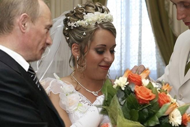 Шутливое видео поздравление с годовщиной свадьбы 7 - kwork.ru