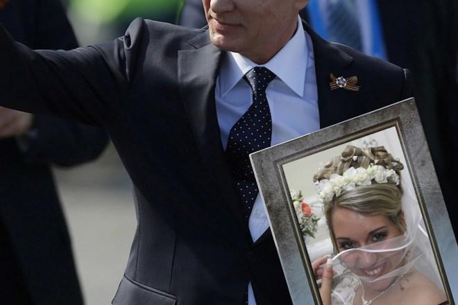 Шутливое видео поздравление с годовщиной свадьбы 8 - kwork.ru