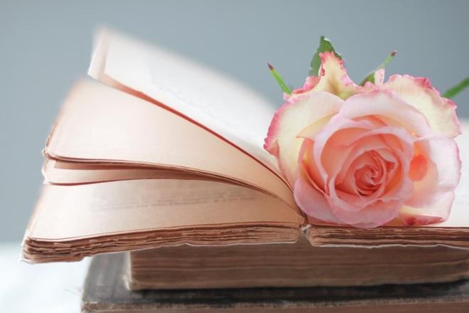 Напишу рассказ или фанфик на в романтическом жанре фото