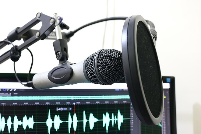 Озвучка аудио- и видеорекламы, для ТВ, ТЦ, радио или метро 1 - kwork.ru