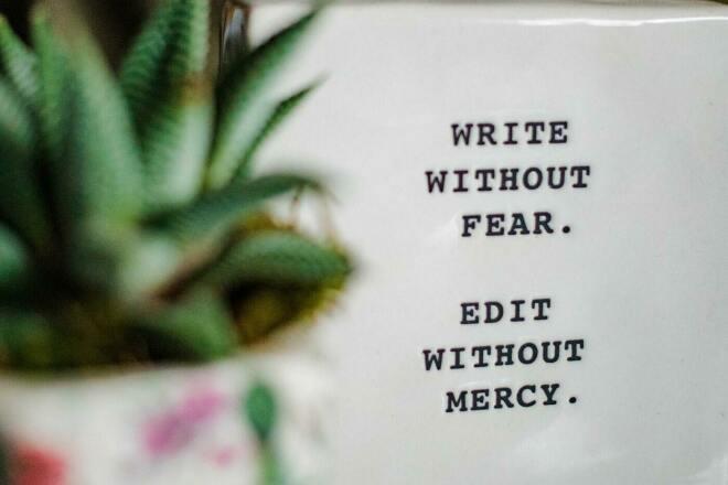 Редактор, корректор. Исправлю ошибки, сохранив уникальность фото